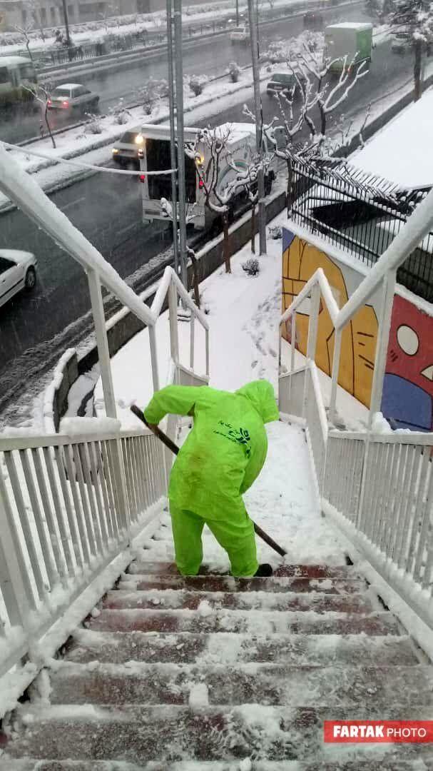 برف در تهران