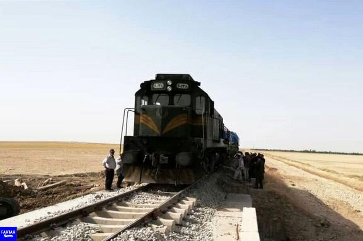 برخورد مرگبار قطار با پژو۴۰۵