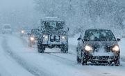 بارش برف در جاده کرج-چالوس/زنجیرچرخ فراموش نشود