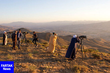 ۶ گروه رصد هلال ماه شوال را در بوشهر آغاز کردند