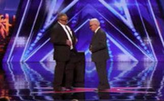 اجرای خارقالعاده ۲ پیرمرد در برنامه «عصر جدید» خارجیها