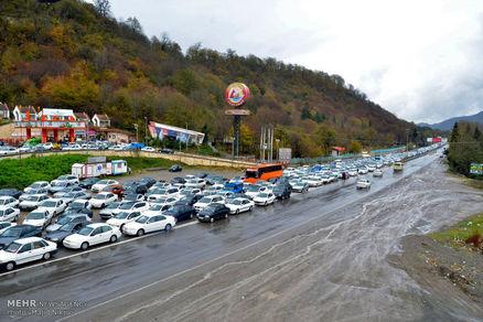 ترافیک سنگین در محور هراز و آزادراه کرج