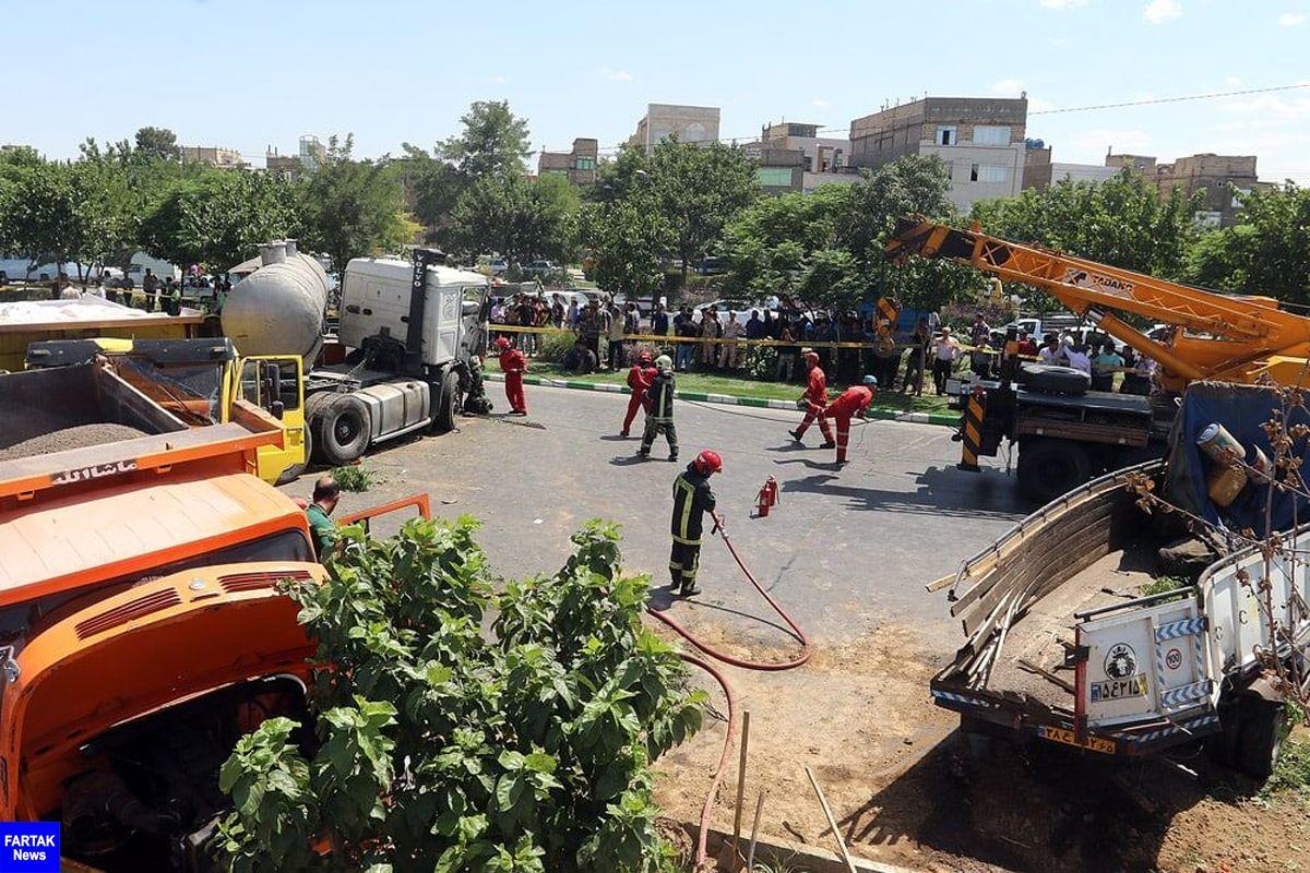 تصادف زنجیرهای خودروها در کمربندی مشهد