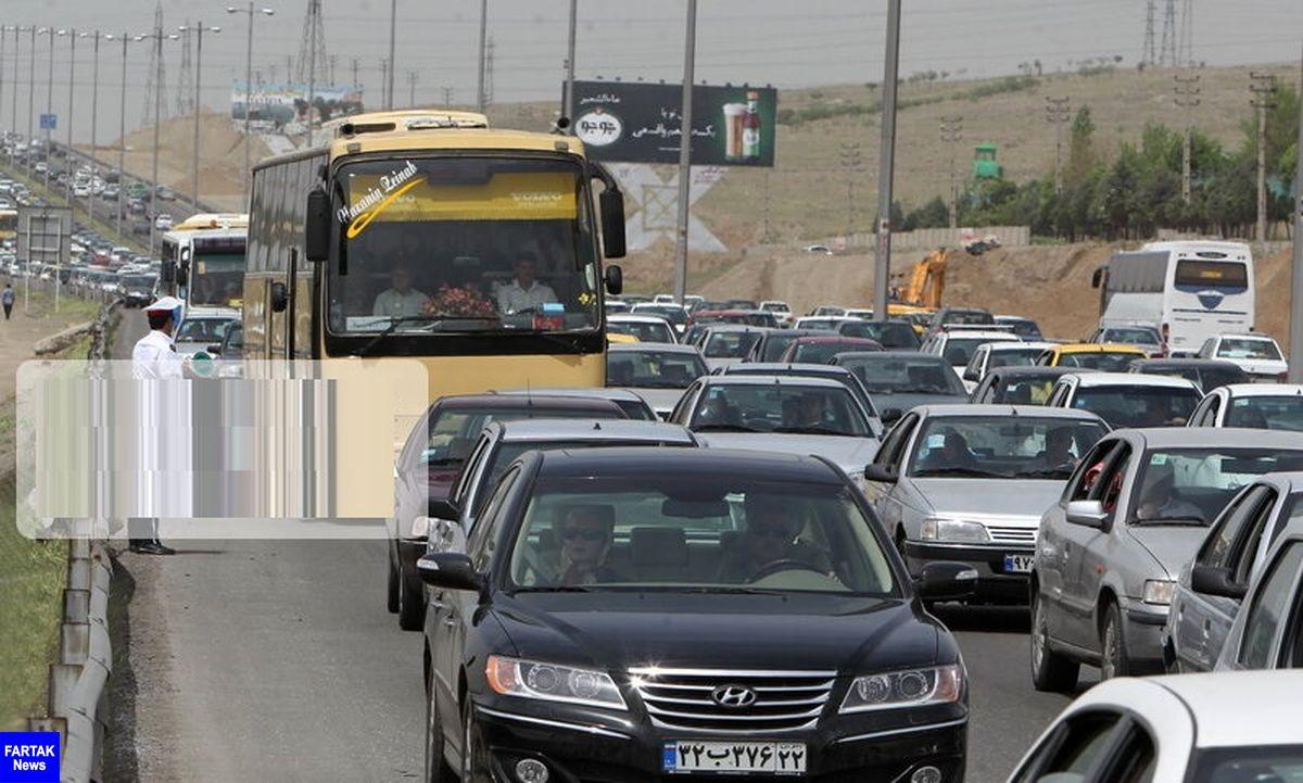 ترافیک در جادههای مازندران سنگین است