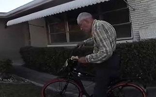 شگفت زده کردن پیرمرد ۸۰ ساله توسط ماموران پلیس + فیلم