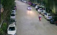 مرگ موتورسوار بر اثر تصادف شاخ به شاخ با خودرو + فیلم