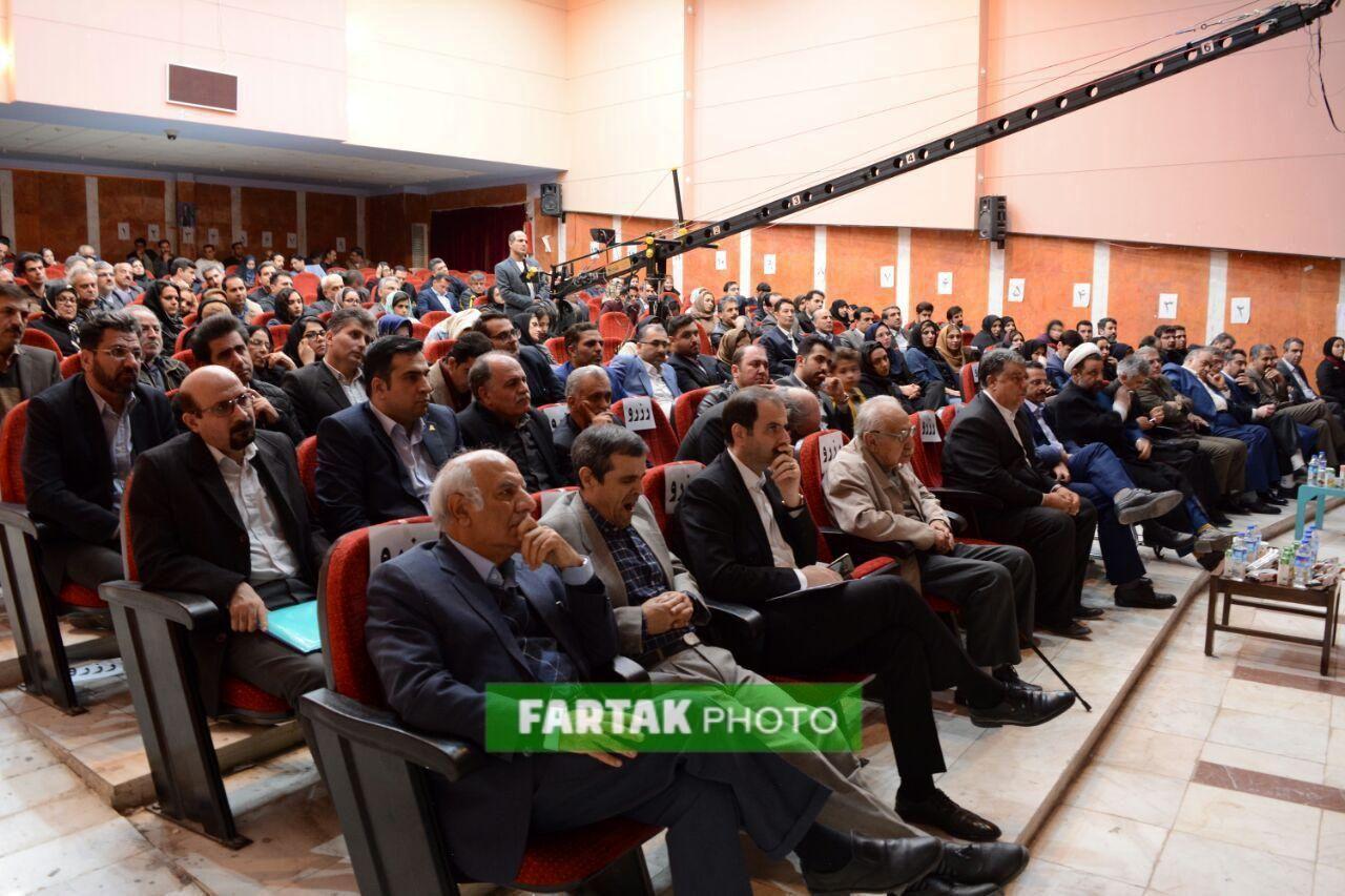 همایش توسعه و رسانه از نگاه دوربین فرتاک نیوز
