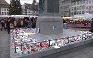 ادای احترام مردم فرانسه به کشته شدگان حمله تروریستی استراسبورگ + فیلم