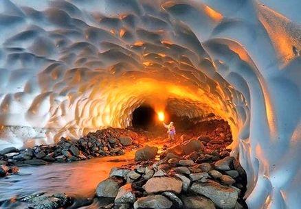 ریزش تونل برفی شهرستان ازنا؛ ۳ گردشگر نجات یافتند
