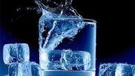 خطرات نوشیدن آب سرد در روزهای گرم
