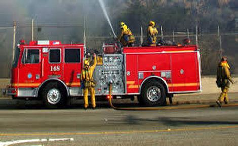 وقوع آتش سوزی در تجریش/فروشگاه مواد شوینده دچار حریق شد