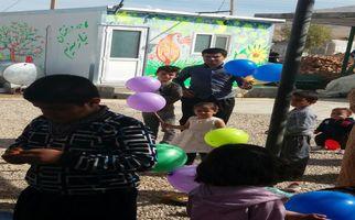 شور و نشاط دختران و پسران زلزلهزده روستای کوئیک حسن در سرپلذهاب توسط کانون پرورش فکری تهران به روایت تصویر